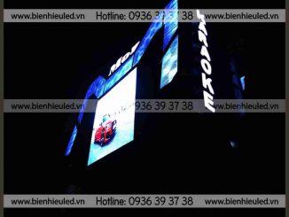 Làm bộ chữ nổi trên nóc tòa nhà tại Thanh Xuân